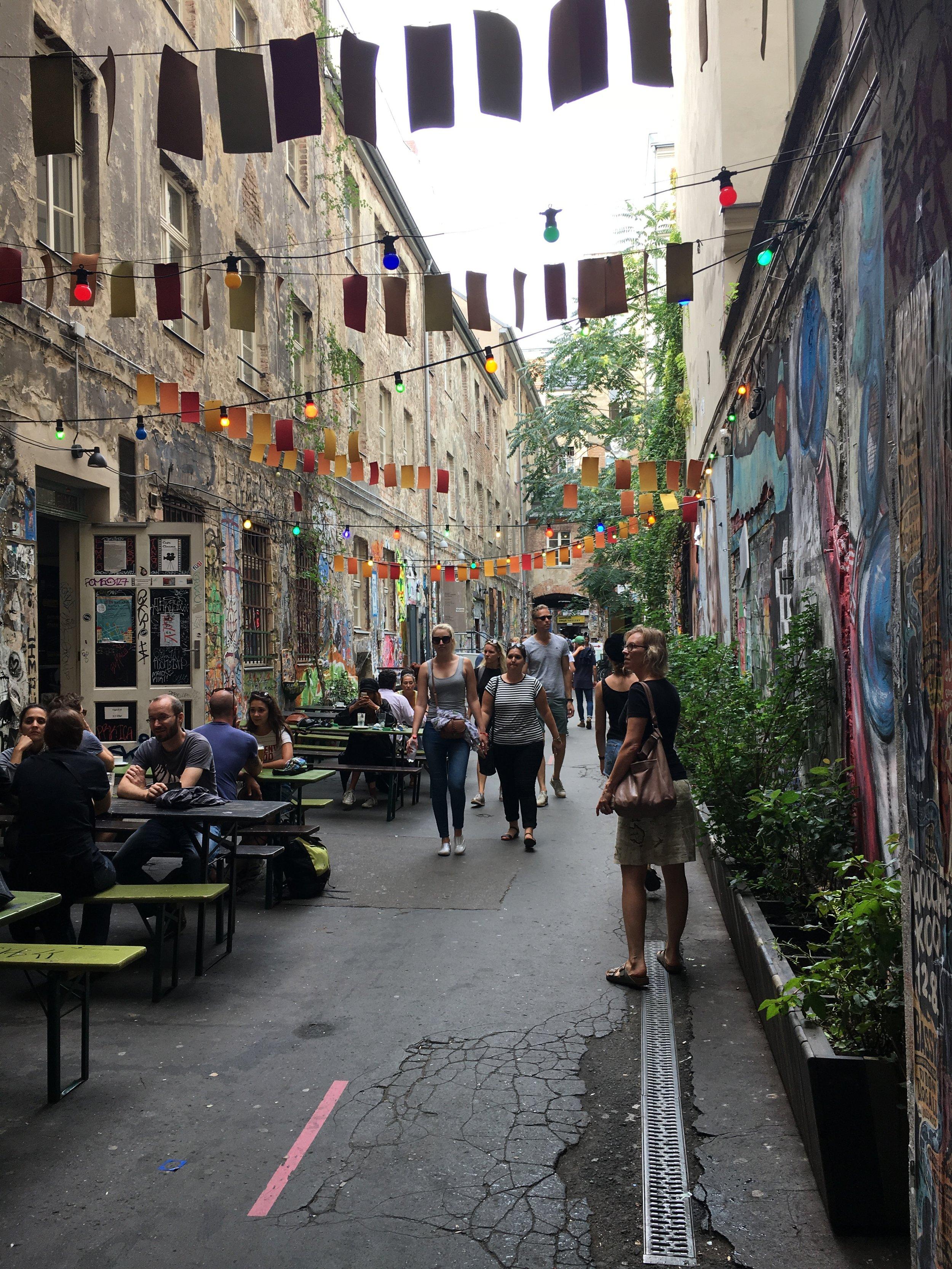 Hackesche-Hoefe-Street-Art-Alley-Berlin