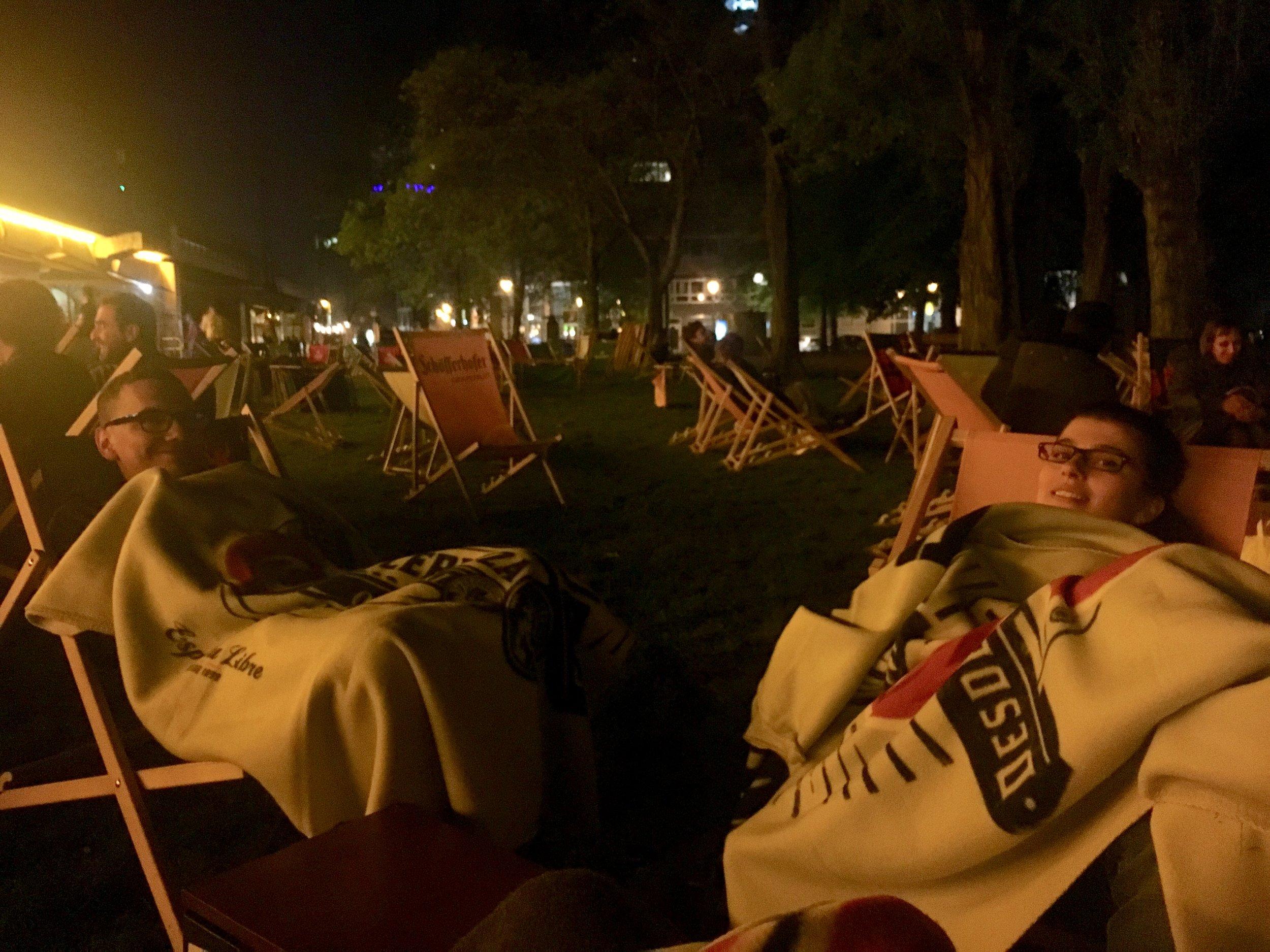 Berlin_Monbijou-Park-night