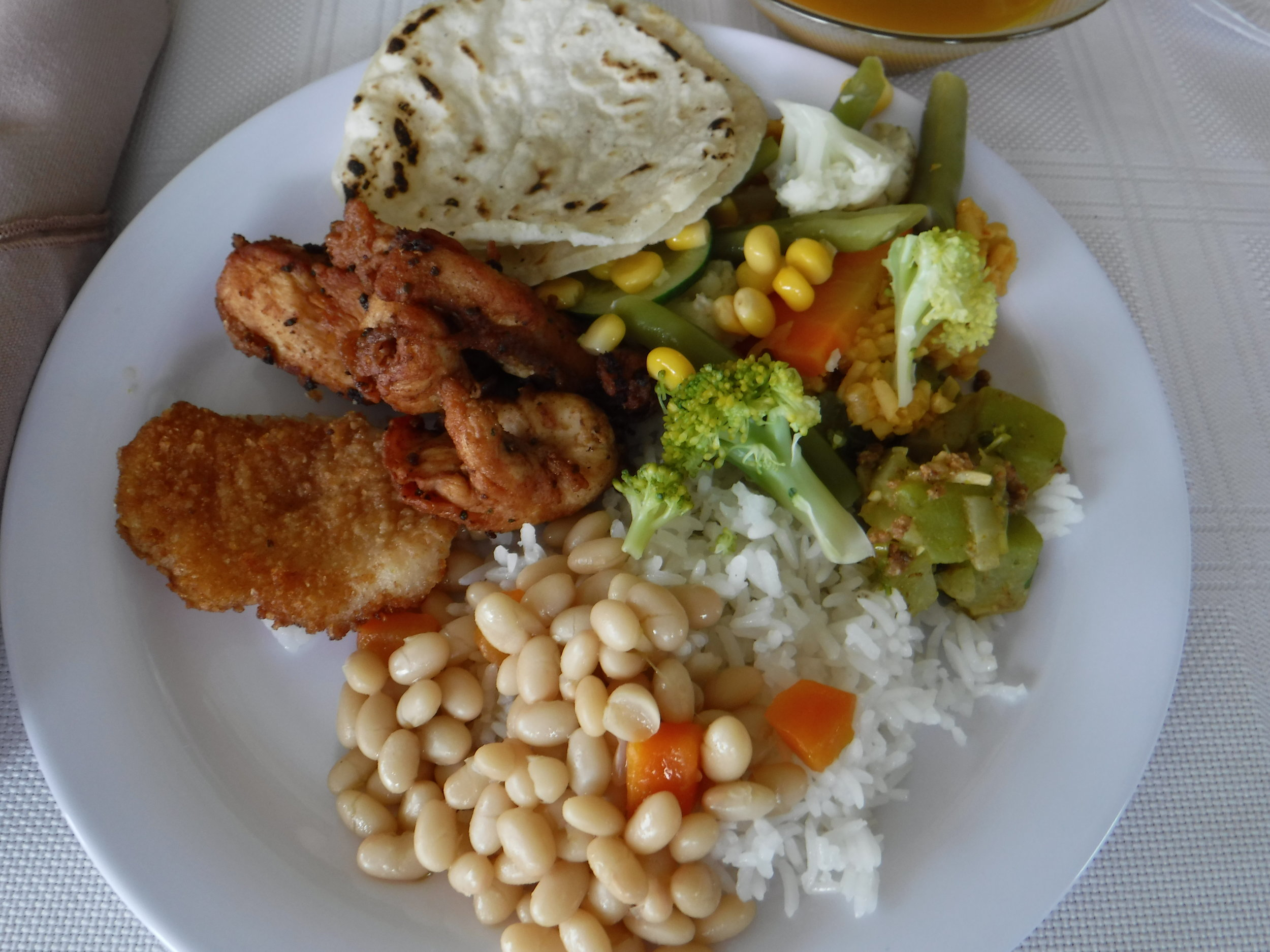 We hope you are hungry. Costa Rican food is AMAZING! It is not spicy and has just the right amount of flavor to help you clean your plate. Our Spanish Immersion guests may help prepare Authentic Costa Rican dinners for 3 nights while we are in Perez Zeledon. -