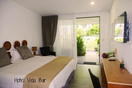 hotel-vela-bar (2).jpg