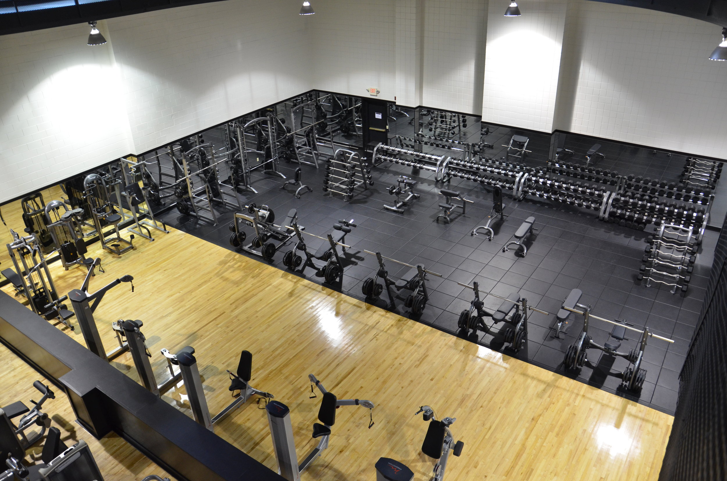 weight room3.JPG