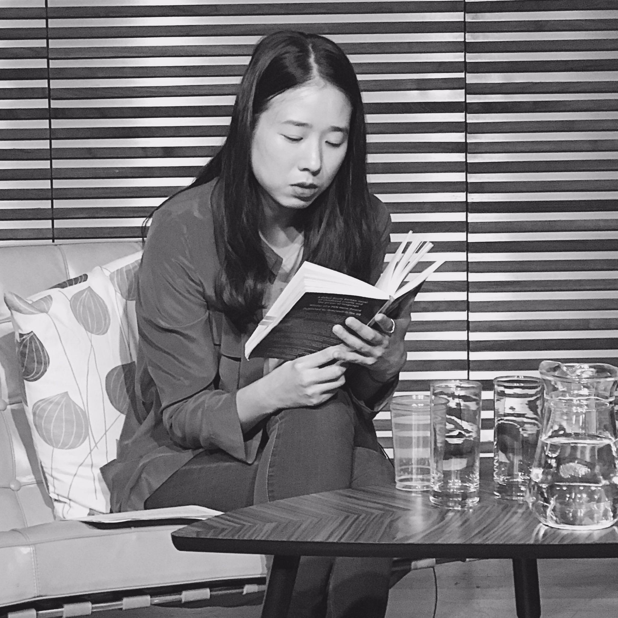 Spellbinding reading by Han Yujoo. Photo credit @DiyaonKorea