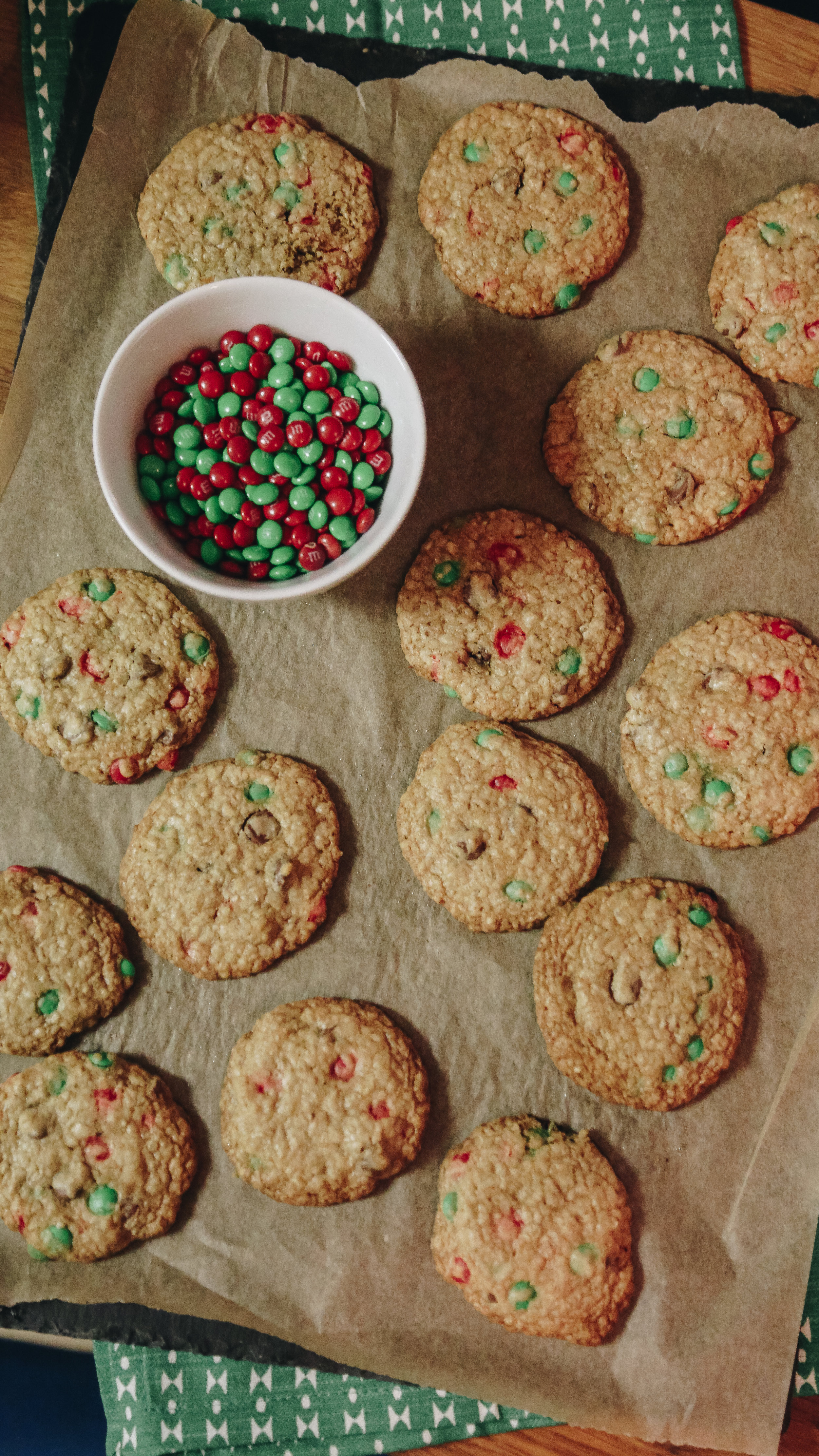 christmas-M&M-Cookies-3.jpg