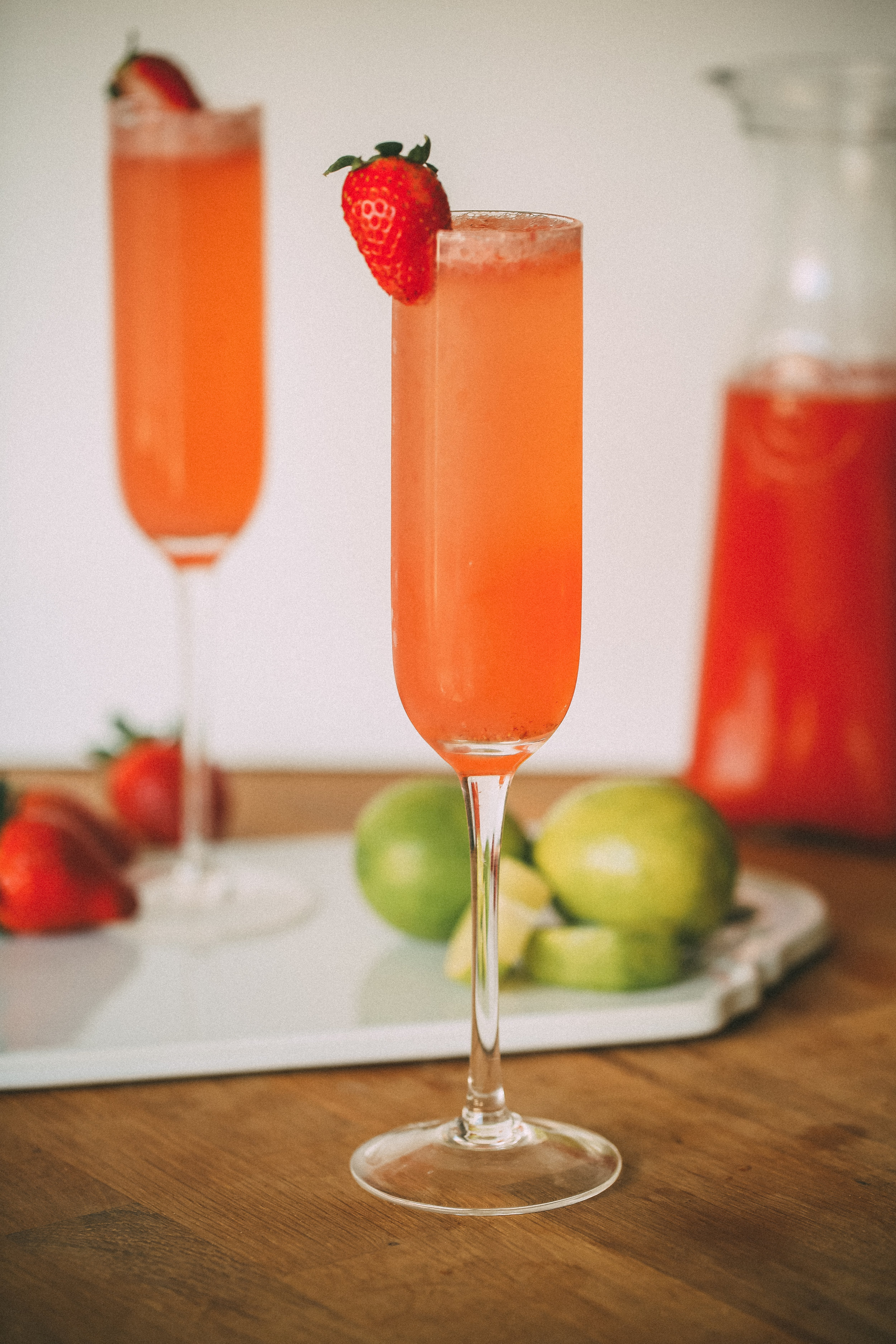STRAWBERRIES & CHAMPAGNE - CHAMPAGNE COCKTAIL