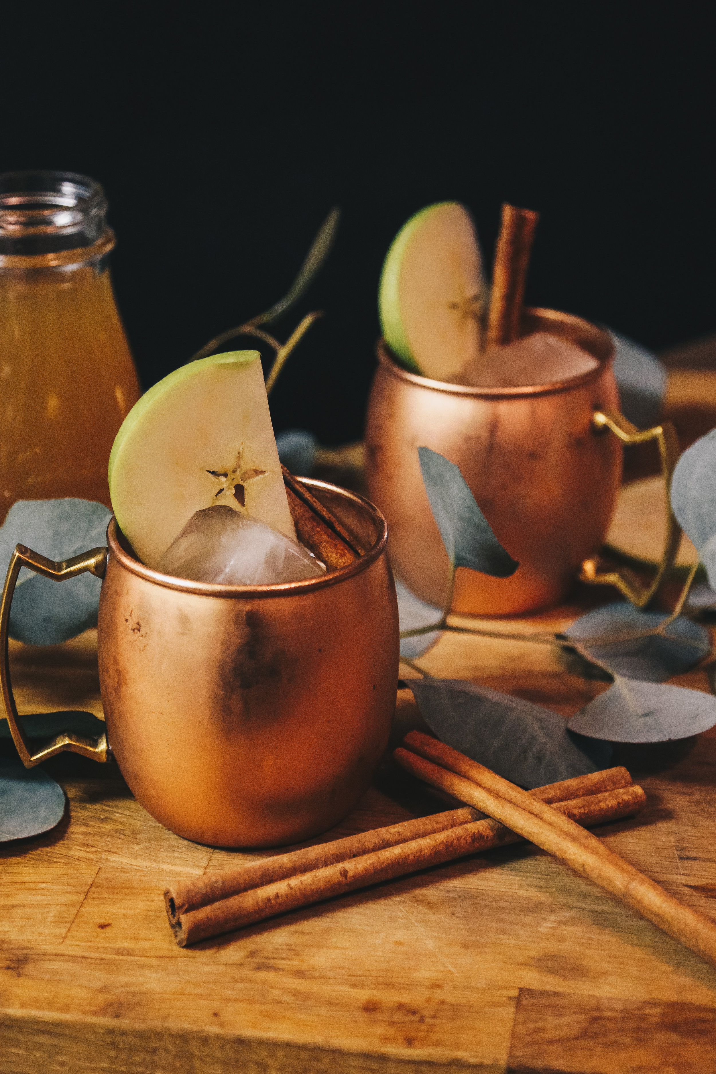 SPICED APPLE CIDER MULE - Vodka Cocktail