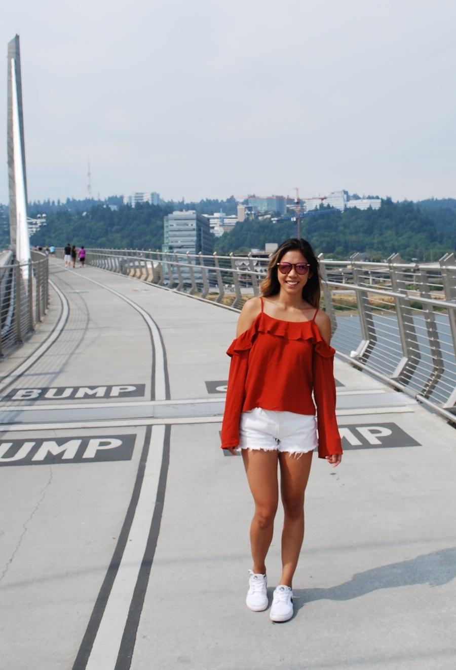 Tilikum+Crossing,+Bridge+of+the+People.Portland,+Oregon.jpg