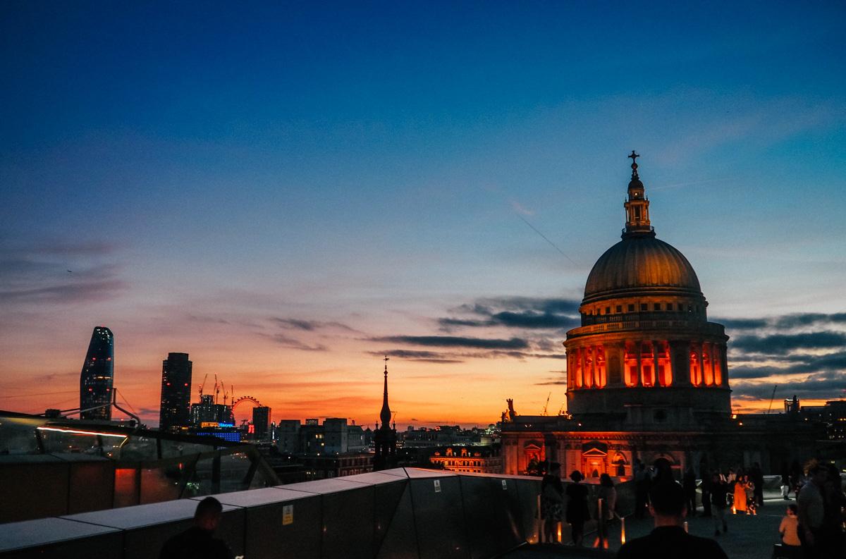 st pauls cathedral london eye.jpg