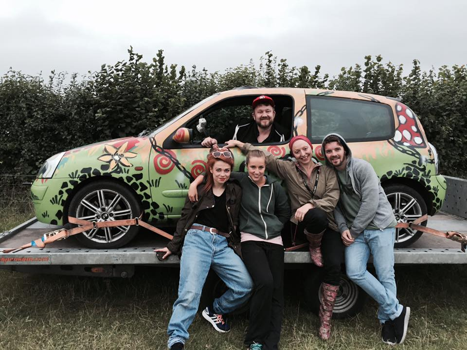 Yolanda alongside Tommy and the dancers during the premiere of The Drive at Chris Evans' CarFest South