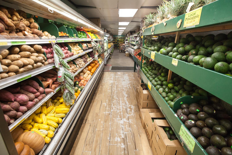 no-waste-produce-department-mana-foods.jpg
