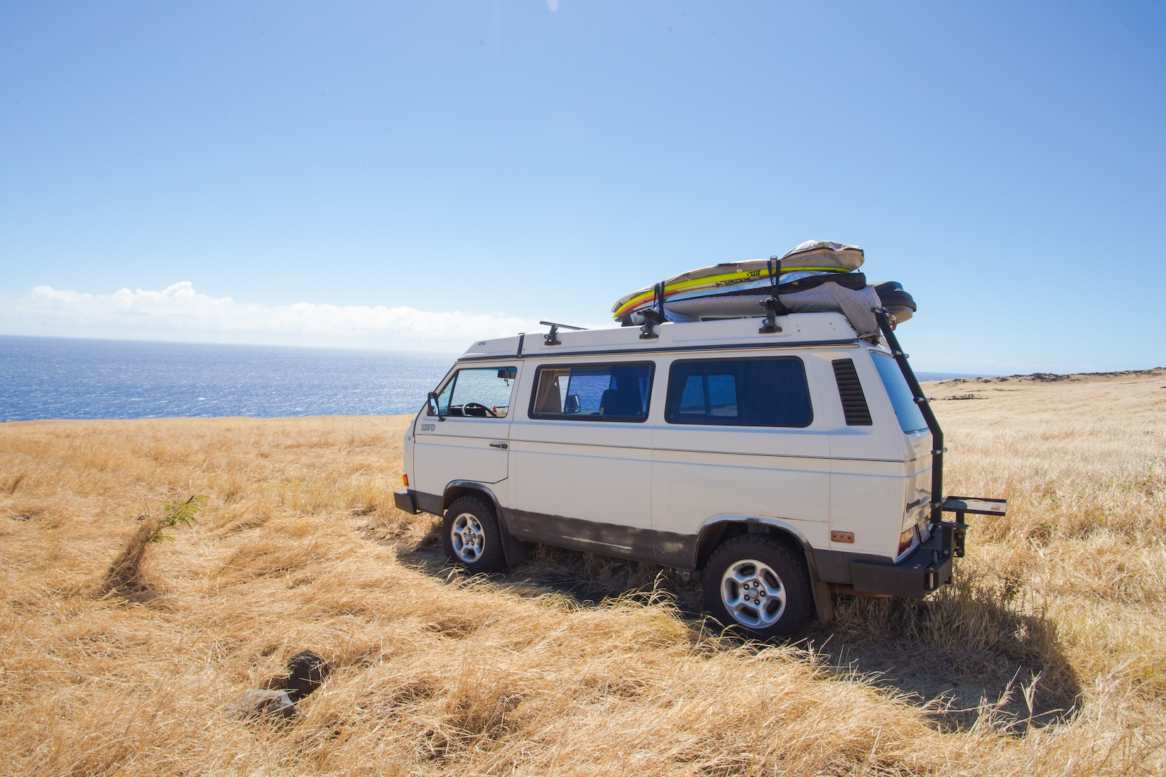 surfboards-van-sunski-roadtrip-maui.jpg