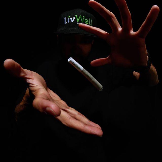 #livlarge Blaze The Fire 🔥 @livwellcannabis_ Pre-Rolls 1.6 Grams of Flower. Never From Trim. . . . . . . #livwellcannabis #howilivwell #livwelldenver #livwell #cannabiscommunity #cannagram #cannabis #420 #coloradocannabis #denvercannabis #terps #indica #shatter #topshelf #wedontsmockthesame #sativa #smokeweedeveryday #wax #gramslayers #killeverygram #igersdenver #FeedisSoClean #urbanromantix #MoodyGrams #way2ill #insagood #ig_underdogz #thecreatorclass #nokluphotography