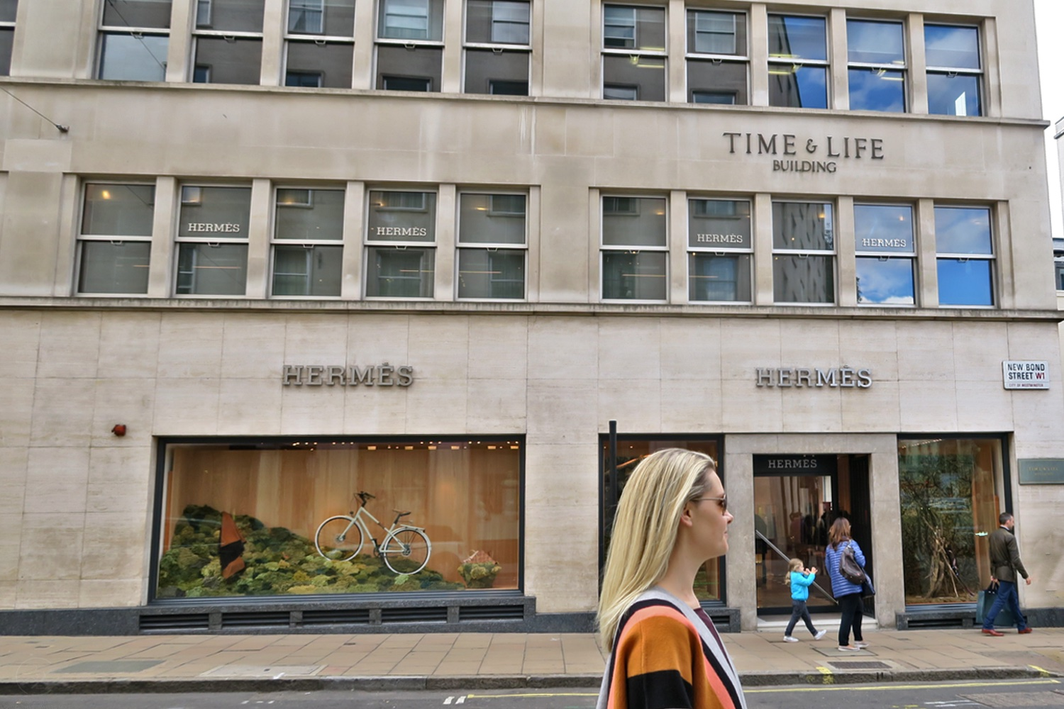 hermes-store-new-bond-street-character-32-loving-that-whats-next-fashion-lifestyle-c32