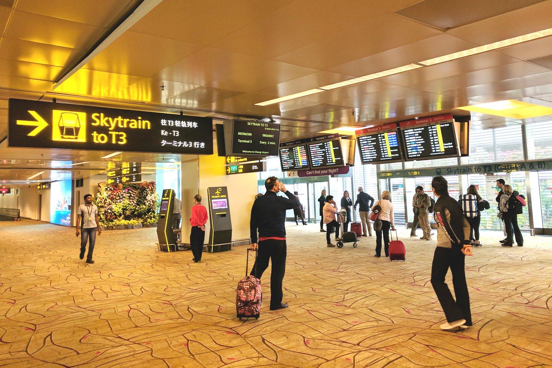 expat-living-singapore-changi-airport-asia-character-32 copy.jpg