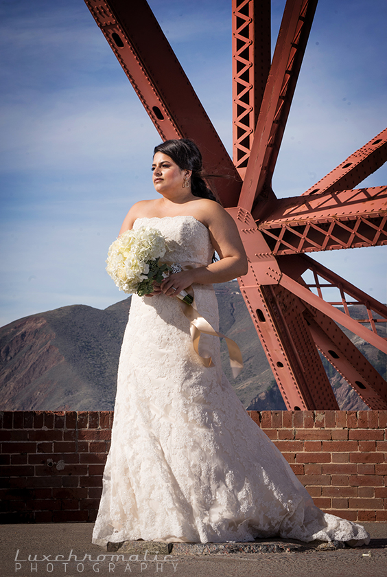 Michelle_Rudi-1481_luxchromatic-san-francisco-bay-area-california-wedding-photography-bride-groom-style-me-pretty-green-wedding-shoes-inspiration-engaged-marriage-bridesmaids-gown-dress-the-knot-golden-gate-bridge-portrero-hill-skyline.jpg