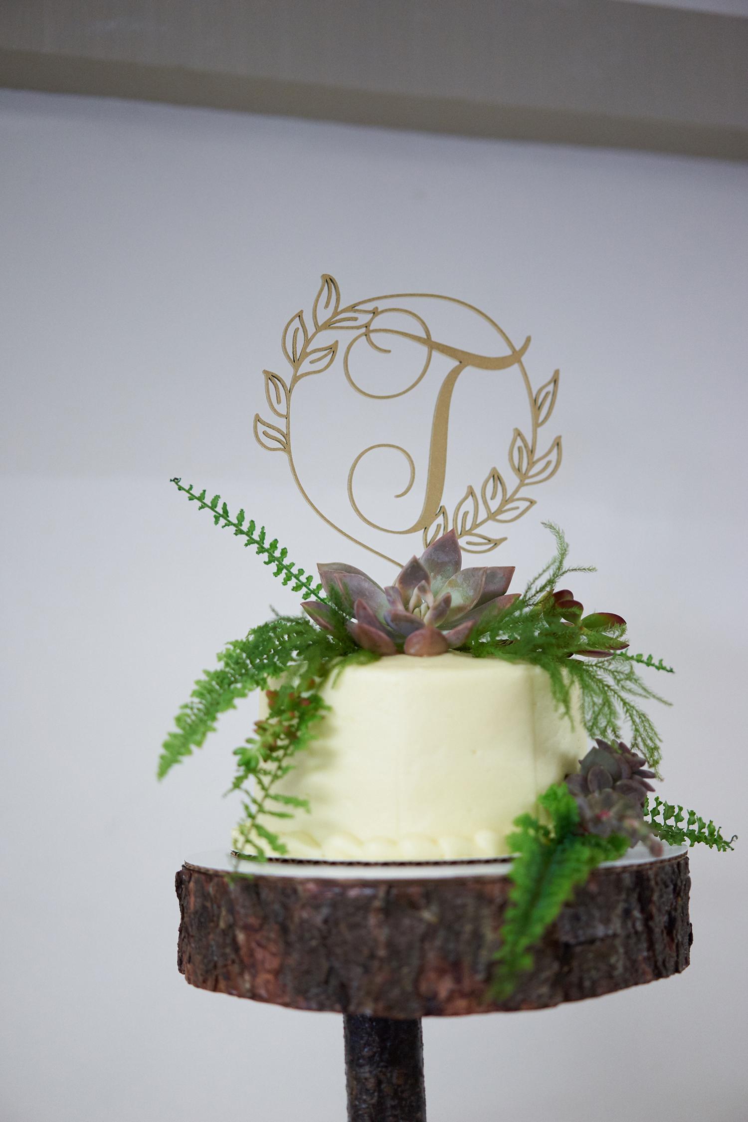 100717_Lenora_Jesse0552-weddingdress-bride-weddingphotography-best-weddingphotographer-bridal-groom-wedding-engagementring-proposal-brides-diamondring-sonyalpha-sony-sonya7rii-sanfrancisco-sf-bayarea-photographer-profoto-berkeley-botanical-garden.jpg