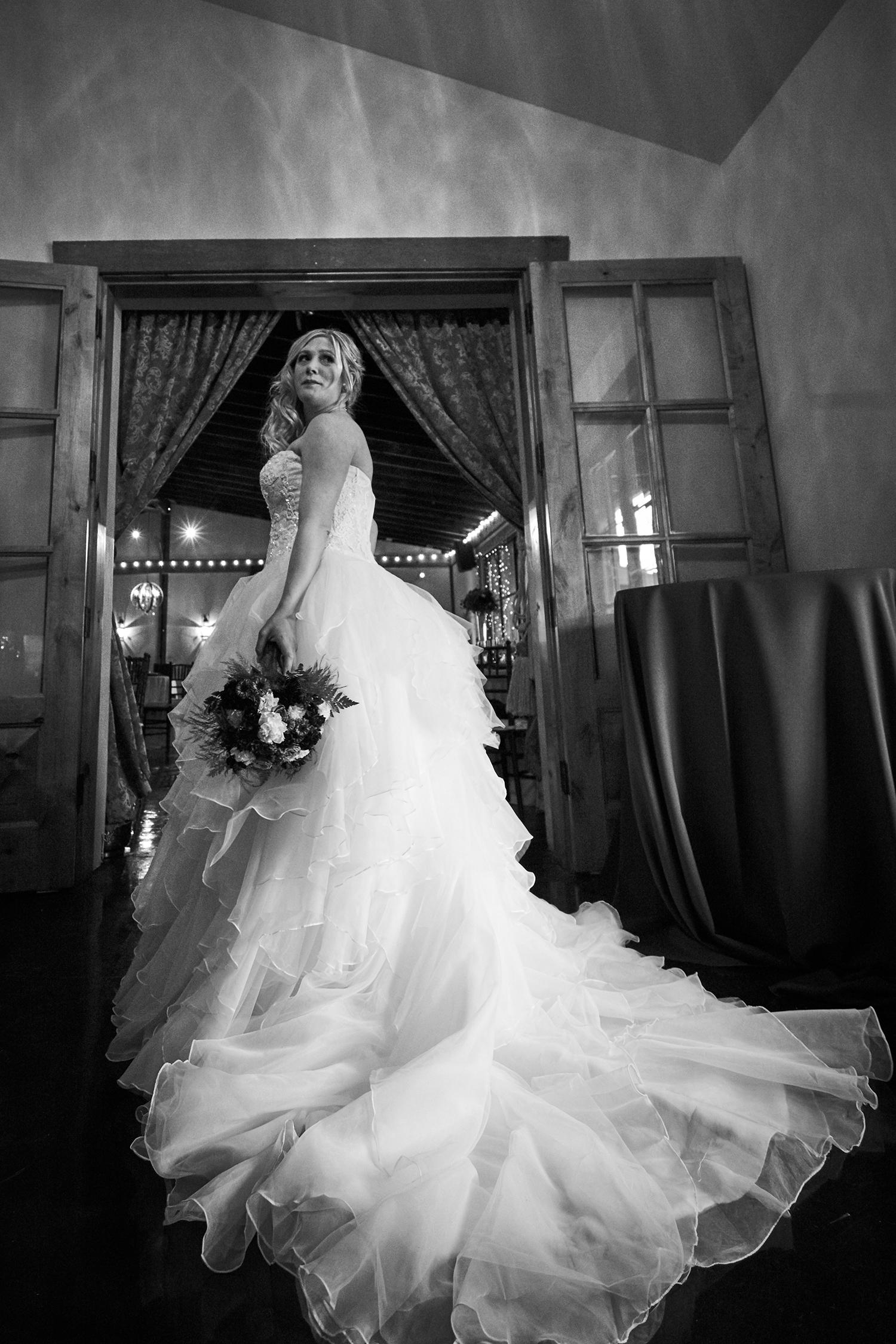 Luxchromatic_Wedding_Photographer__Bride_Best_Bay_Area_San_Francisco_San_Jose_Sony_Alpha_Profoto_0419.png