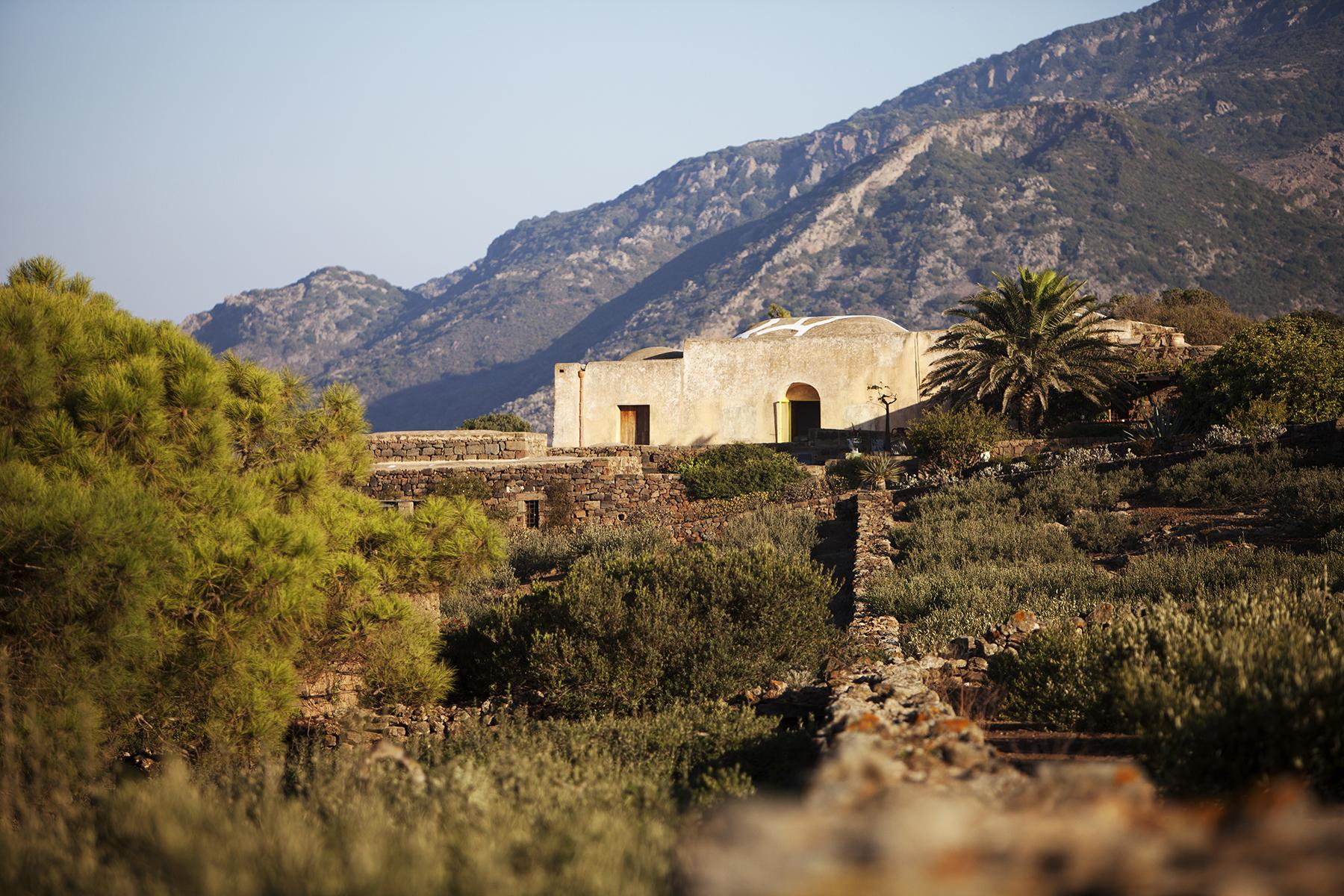 affitta-dammuso-pantelleria-vacanza_01.jpg