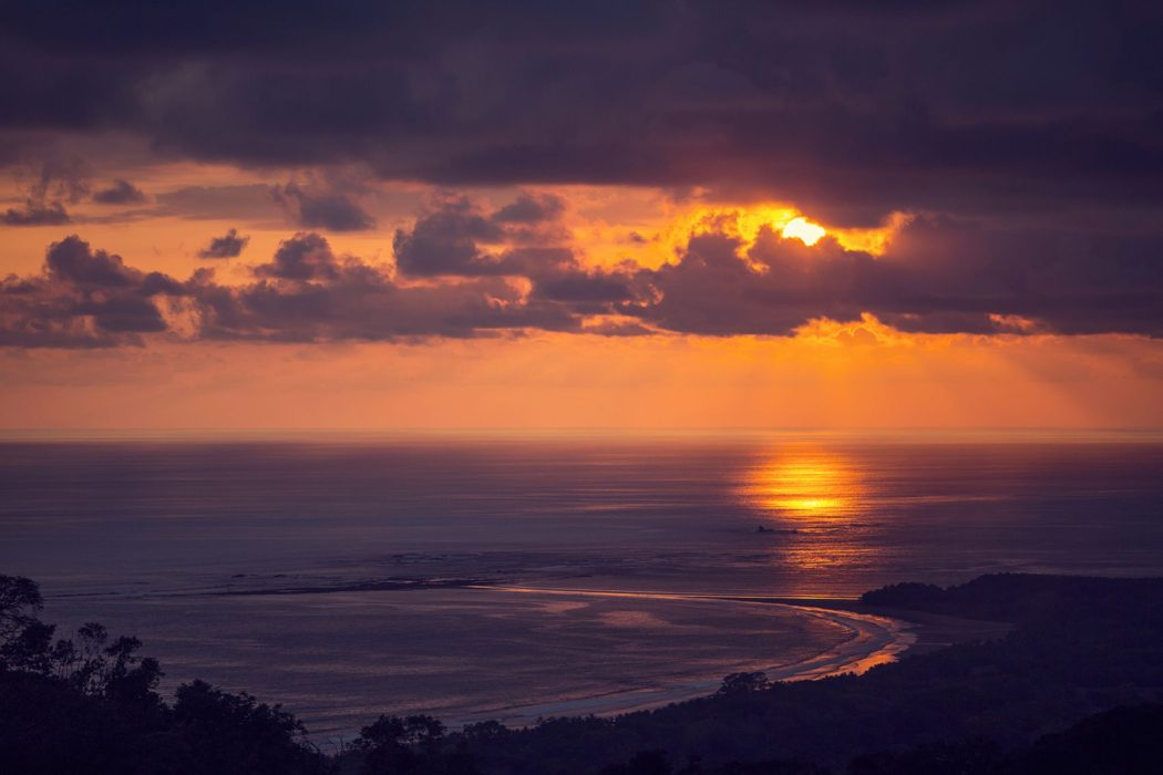 retreat_selva-armonia_yoga-january_2016-sunset_yoga-e1483501713751.jpg