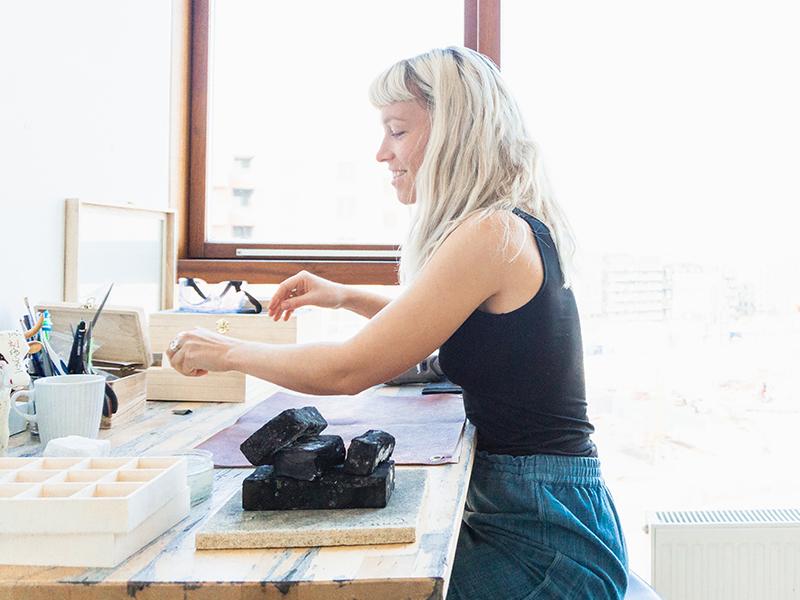 Sara Kristine Skibsted - A sustainable jewellery designer, fempreneur and dog-mamma