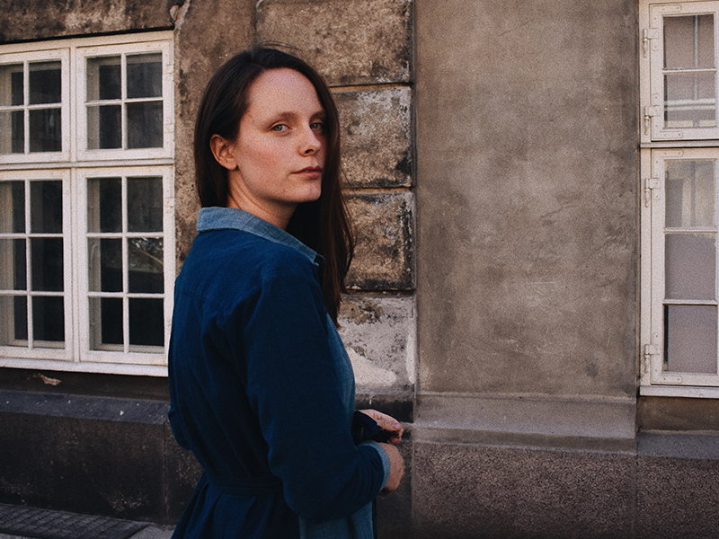 Freja Troelsen - A photographer, writer and loving mother