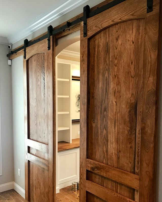 Here's a few shots of my most recent project. I made these custom sliding barn doors. For a new home office.  #woodworking #wood #handmade #woodwork #woodworker #furniture #woodcraft #interiordesign #wooden #woodart #carpentry #carpenter #furnituredesign #diy #woodcarving #wooddesign #decor #handcrafted #rustic #reclaimedwood #decoration #interior #craft #finewoodworking #woodturning #woodporn #woodworks #woodshop #craftsman