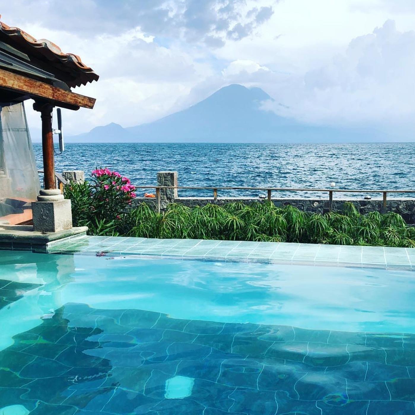 Guate Atitlan.jpg