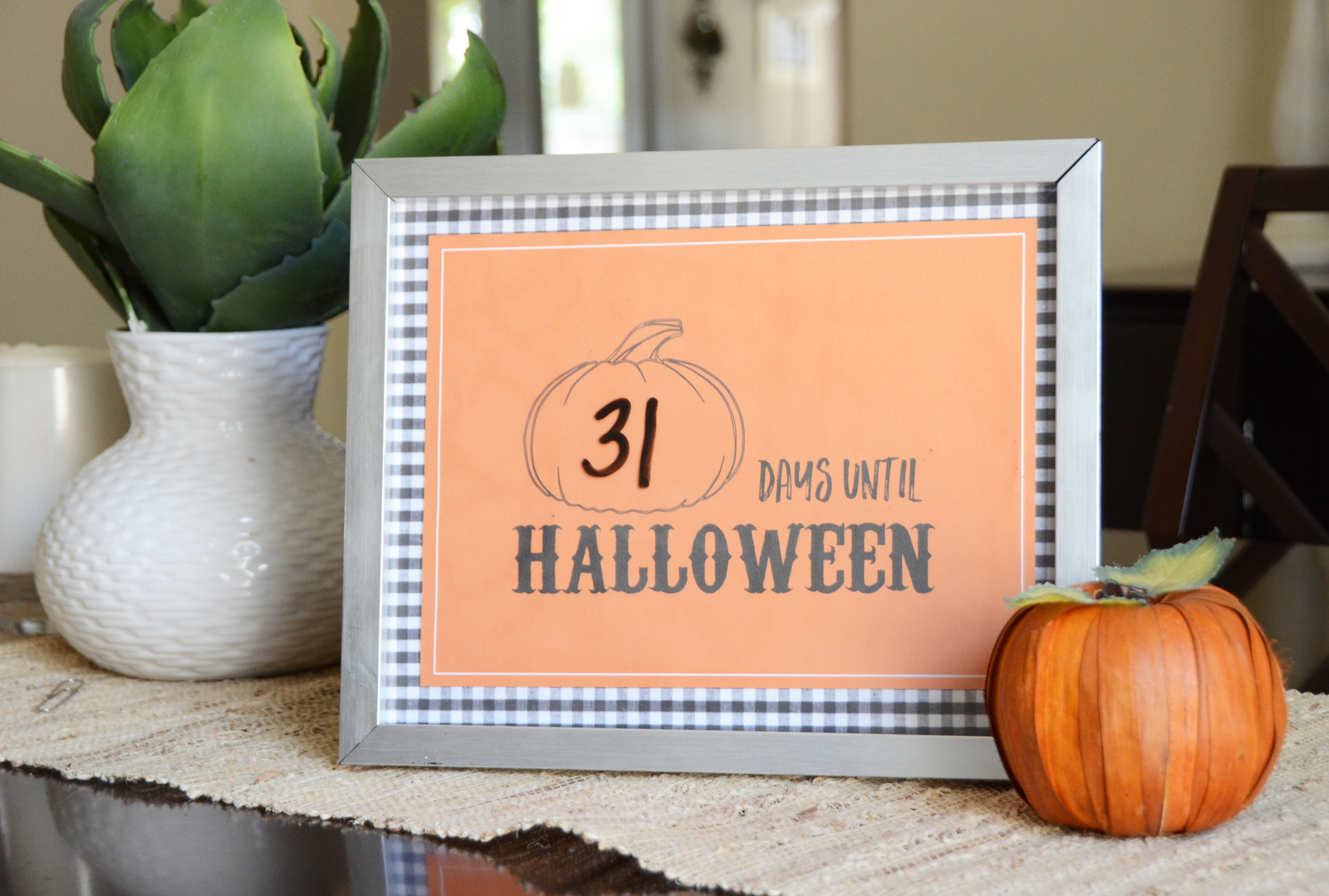 halloween free printable 3.jpg