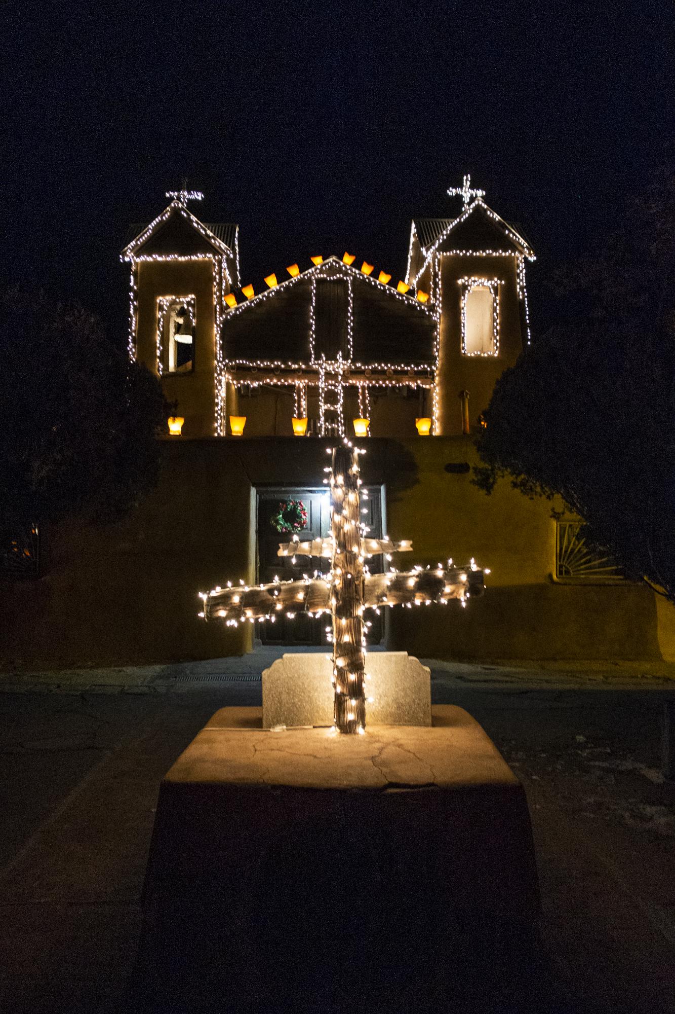 el-santuario-de-chimayo-new-mexico.jpg