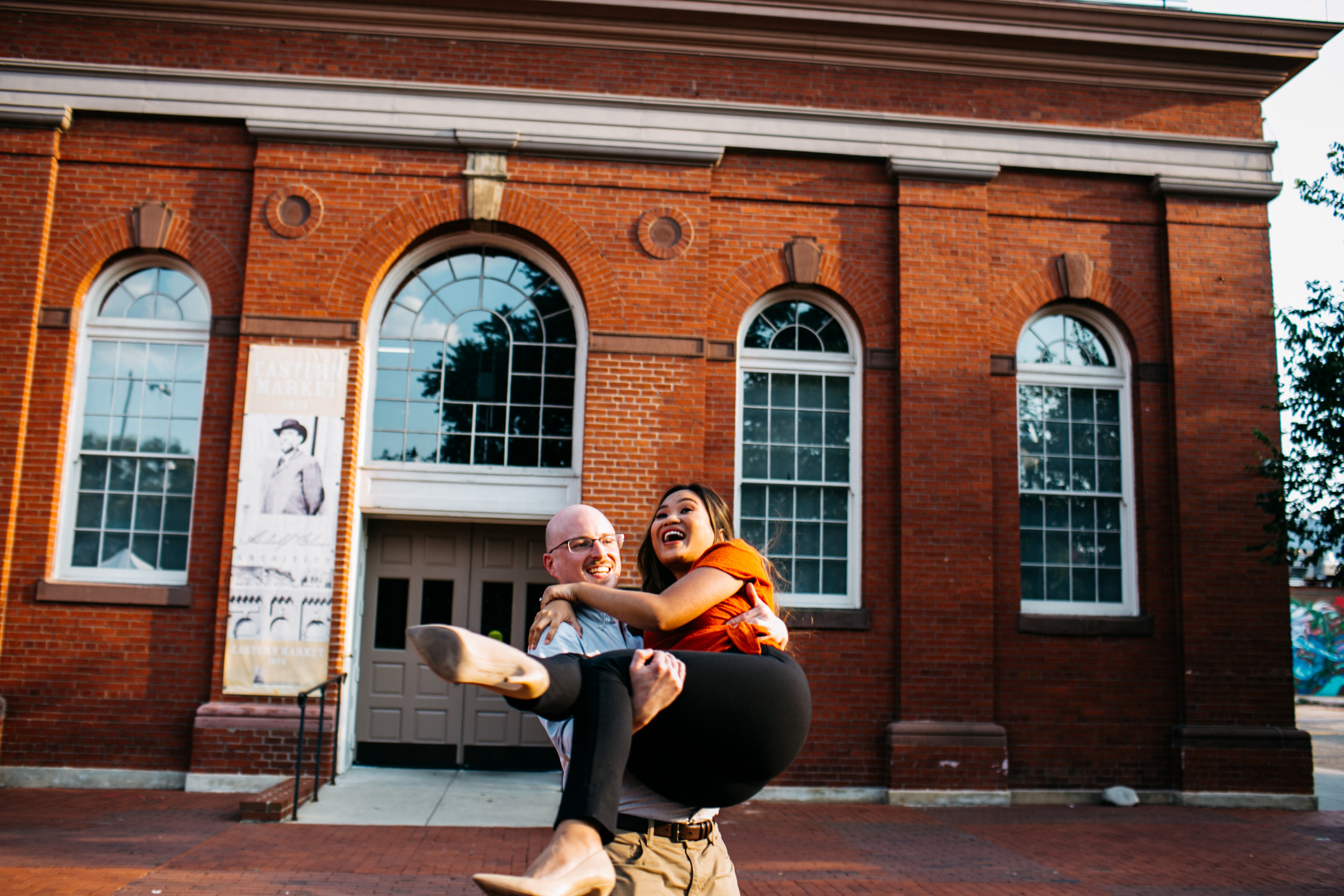 Engagement session in Eastern Market