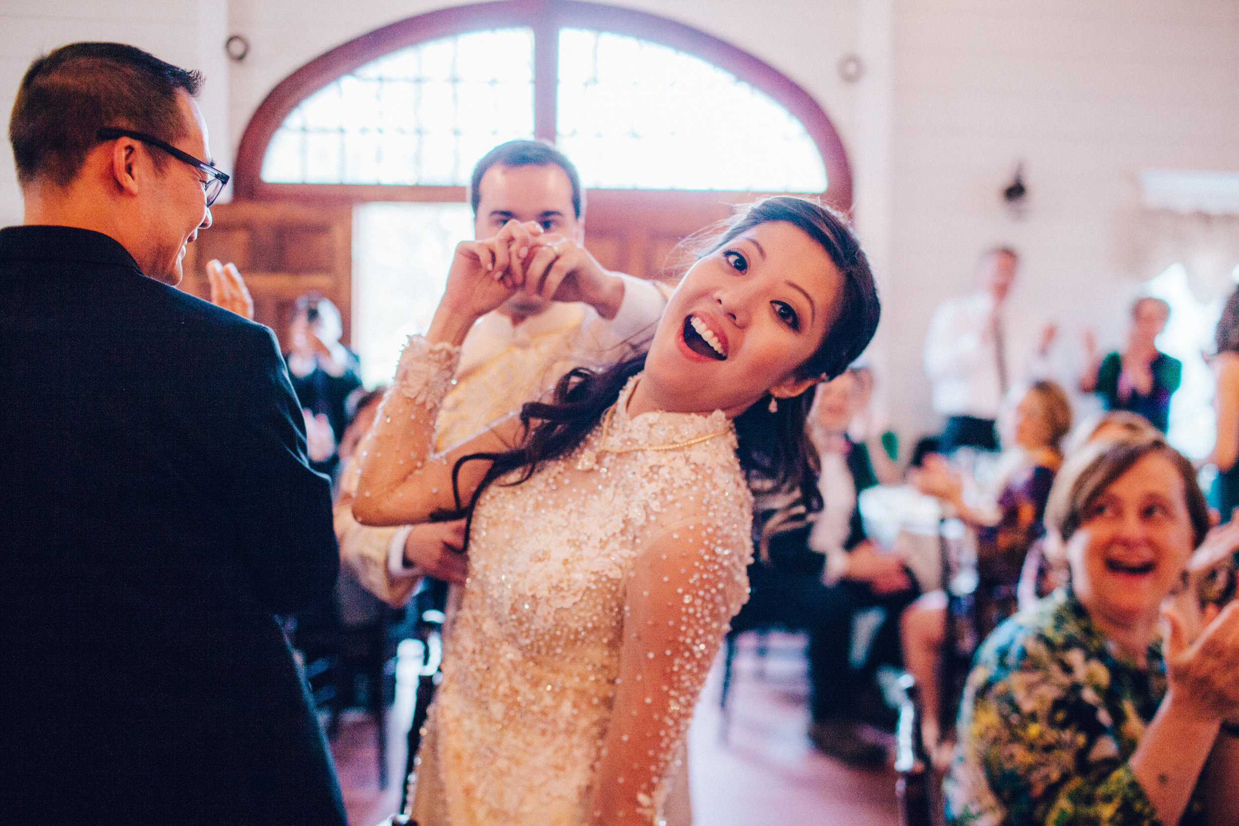 5. Fun ! - I mean, that is an absolute synonym of wedding photojournalism. Your wedding is fun, and a photographer that will document your day will have as much fun as his photographs.