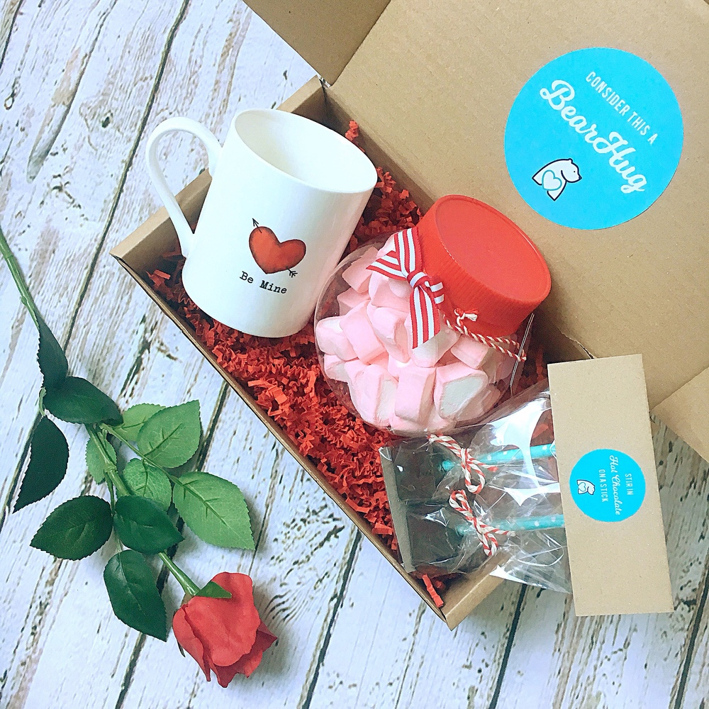 valentine's day hot chocolate bearhug