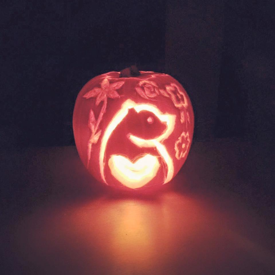 bearhugs halloween pumpkin bear