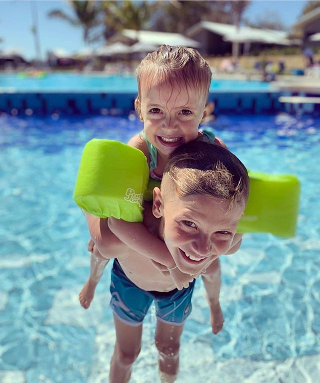 Life is always better when your by the pool! ⁠ ⁠ Repost from @sandstonepointholiday⁠ ⁠ Photo by @kimberley_m_s ⁠ LINK IN THE BIO!⁠ ⁠ #ExploreBIG4 #BIG4 #BIG4HolidayParks #SeeAustralia #Pool #SandstonePoint⁠ #TravelAustraliaWithKids #KidsWhoTravel #KidsOnHoliday #FamilyHolidayAustralia #TravelWithKids #TravelAustralia