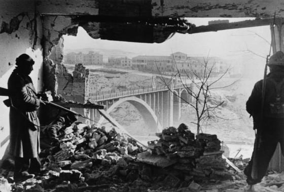 Battle of Teruel, Aragon front, Spain. January 3rd, 1938.© Robert Capa © International Center of Photography | Magnum Photos