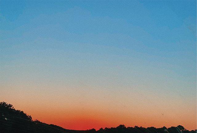 ✳︎ 𝕙𝕠𝕡𝕖 𝕖𝕧𝕖𝕣𝕪𝕠𝕟𝕖 𝕙𝕒𝕤 𝕒 𝕨𝕠𝕟𝕕𝕖𝕣𝕗𝕦𝕝 𝕨𝕖𝕖𝕜 ✳︎ 😘💙🌞 #sun #sunny #sunnyday #socialenvy #sunnydays #sunlight #sunshine #shine #nature #sky #skywatcher #thesun #sunrays #photooftheday #beautiful #beautifulday #weather #summer #goodday #goodweather #instasunny #instasun #clearskies #clearsky #blueskies #lookup #bright #brightsun