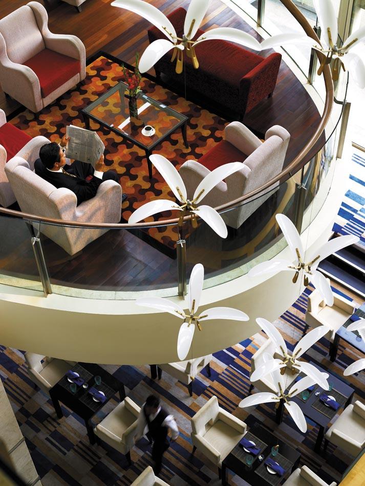 (N)49f009h - Lobby Lounge.jpg