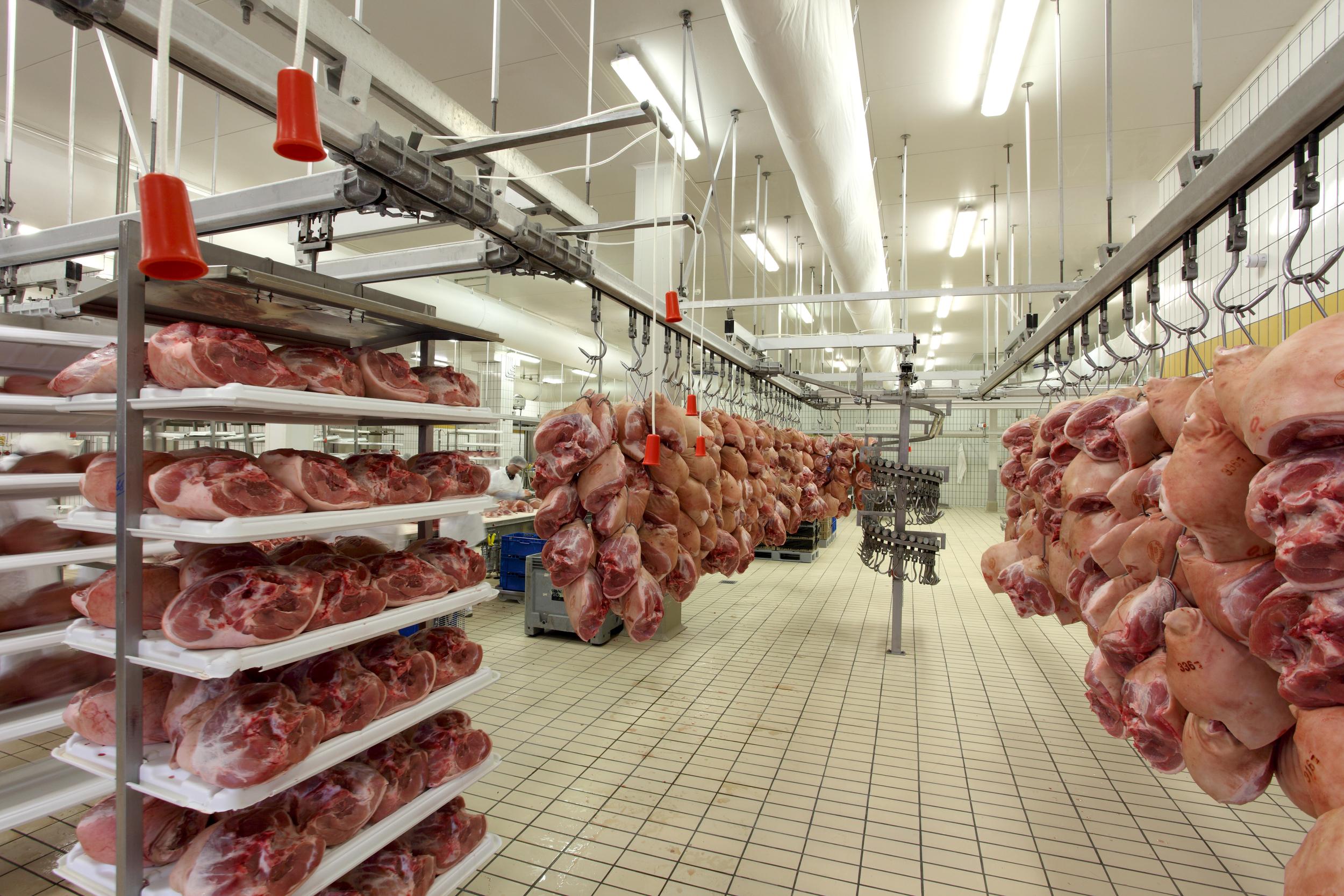 Racks for Fresh Hams - 02.JPG