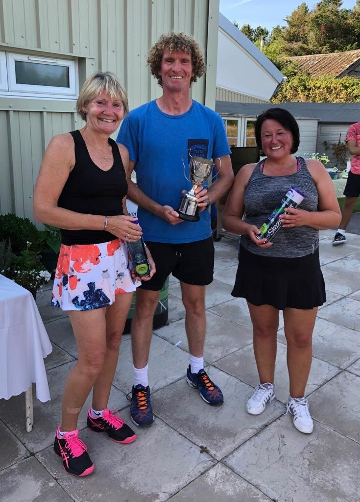 Ladies Doubles Winners; Jennie Pope and Kate Norton with Guest of Honour Andrew Moraghan