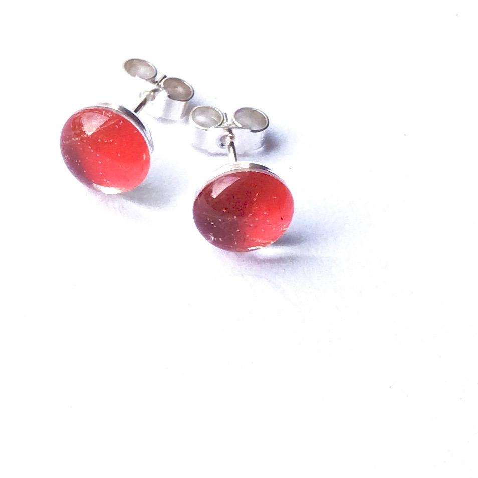 Studs - Chilli Red