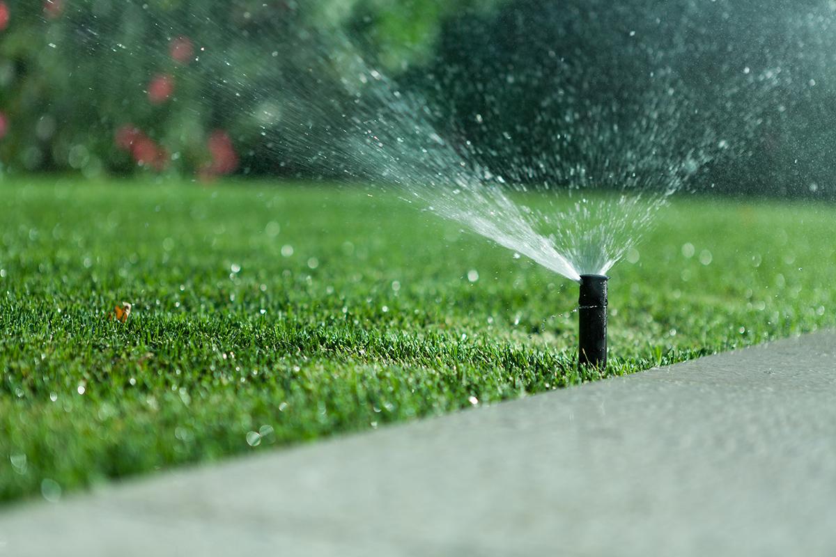 sistemi di irrigazione termosanitaria bra cuneo torino giardini parchi campi sportivi langhe roero piemonte .jpg