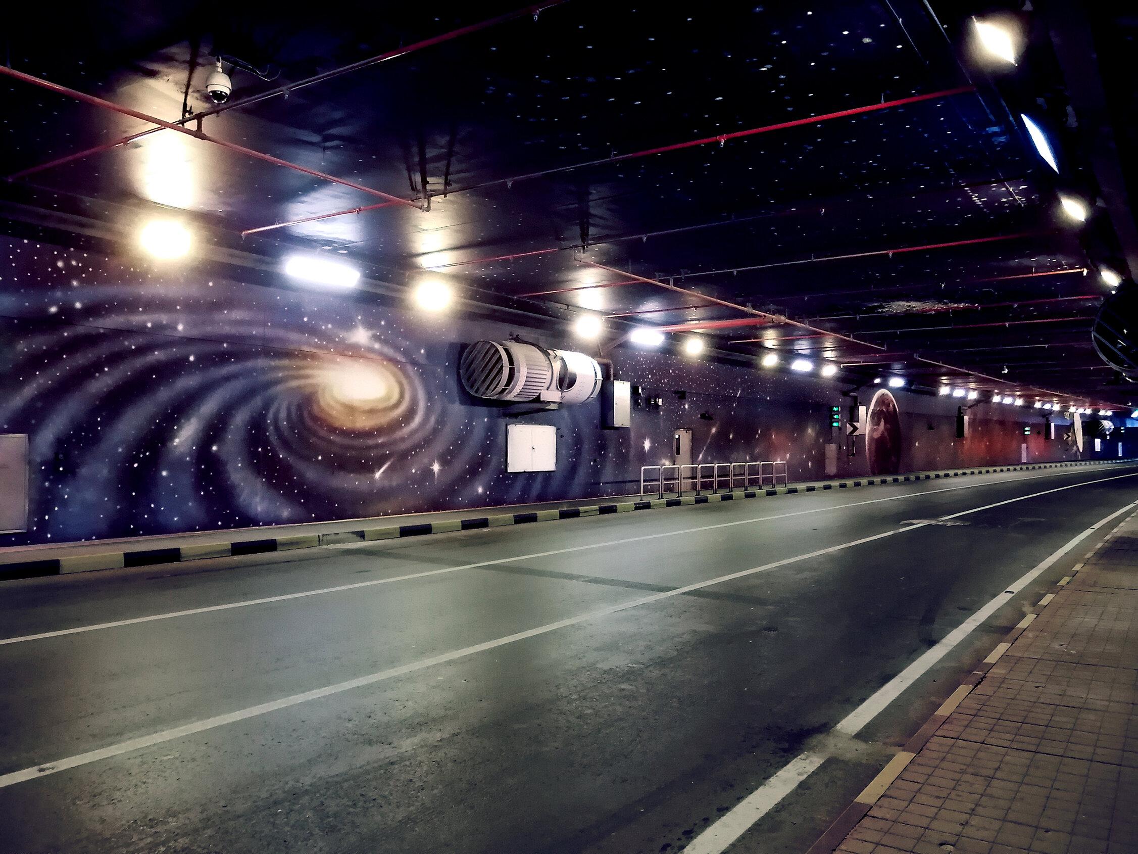 yas-tunnel-01.jpg