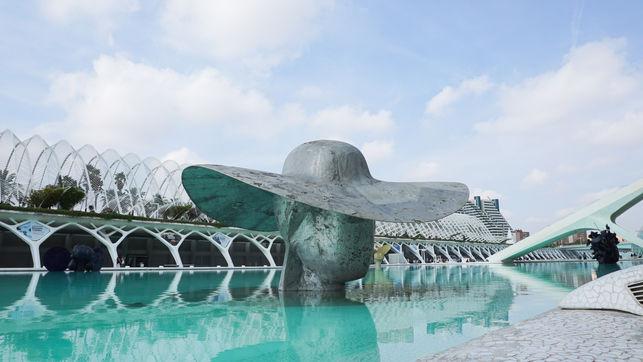 sculpture art.jpg