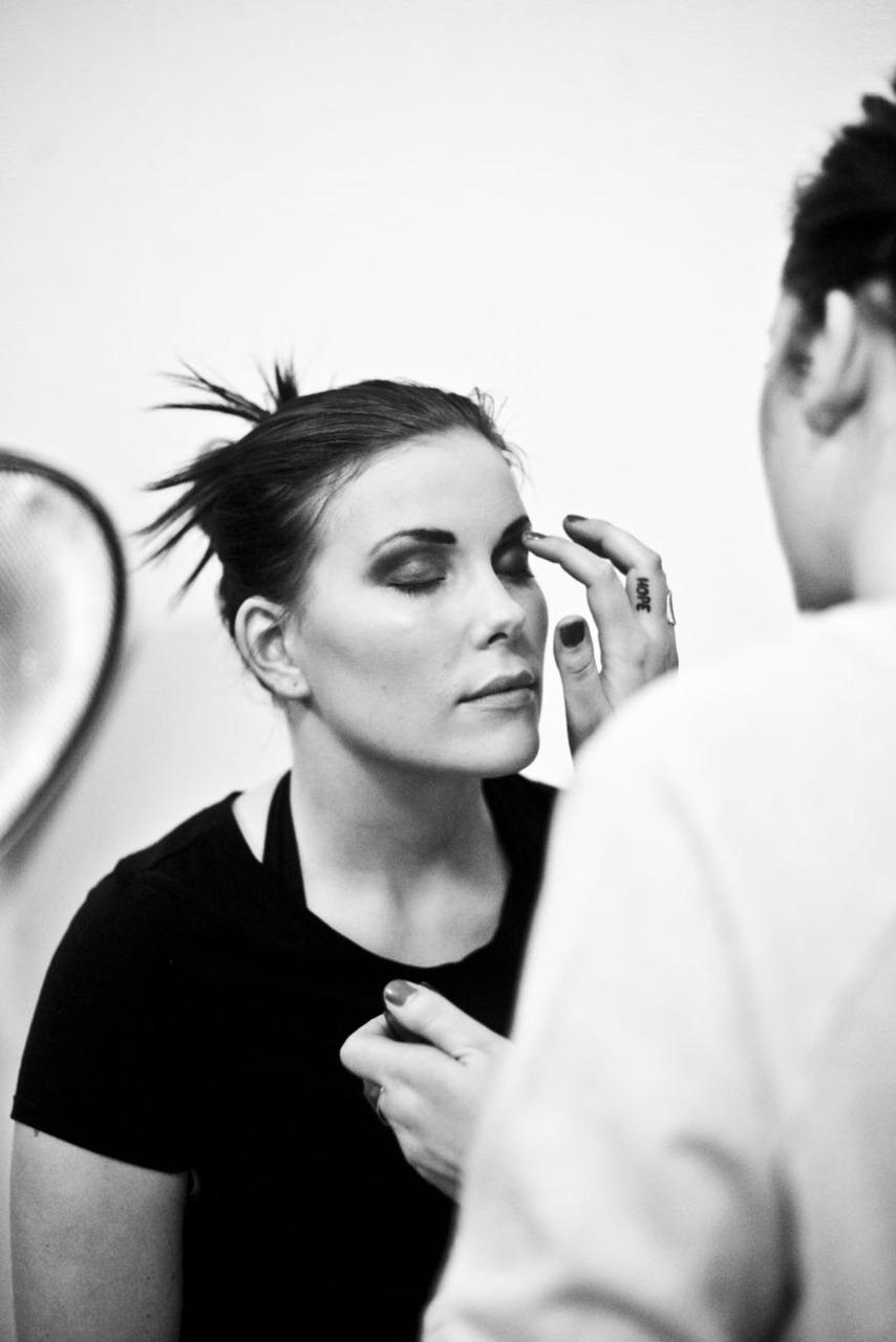 Behinde the scene from a fashion shoot i shot last week!    Model: Mia Amalie Johnsen Make-up and Hair: Evelina Ringdahl.