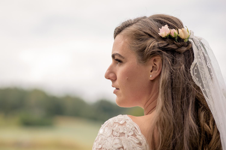 Bohemiskt lantligt bröllop i gammal byskola-19.jpg