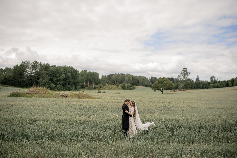 Bohemiskt lantligt bröllop i gammal byskola-23.jpg