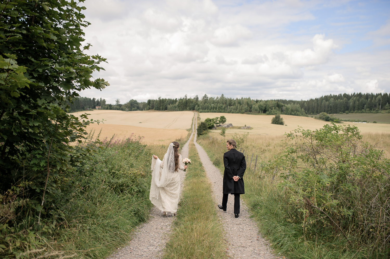 Bohemiskt lantligt bröllop i gammal byskola-29.jpg