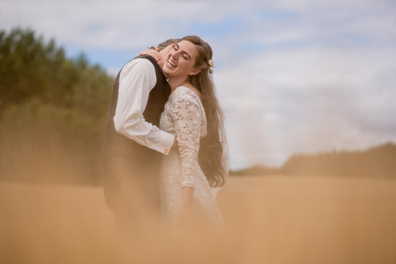 Bohemiskt lantligt bröllop i gammal byskola-32.jpg