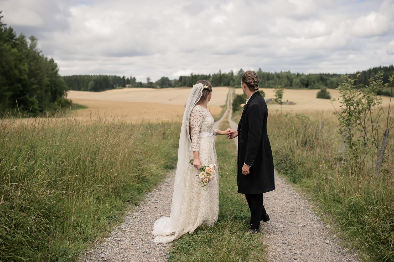 Bohemiskt lantligt bröllop i gammal byskola-30.jpg