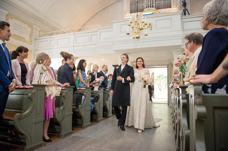 Bohemiskt lantligt bröllop i gammal byskola-42.jpg
