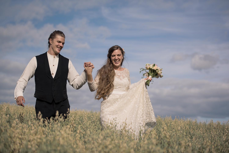 Bohemiskt lantligt bröllop i gammal byskola-81.jpg